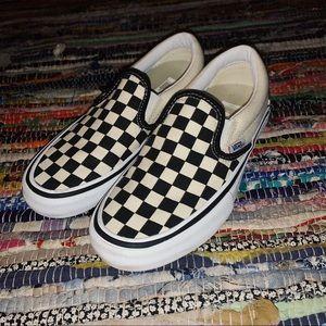 Checkered Slip On Vans Pro ♟
